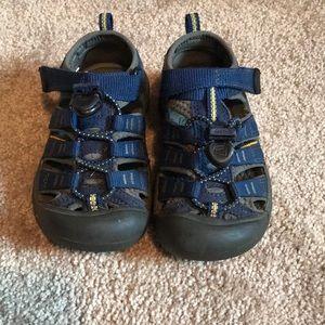 Toddler boys keen sandals